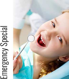 Stock image of a Small girl open her mouth sitting in dentist chair